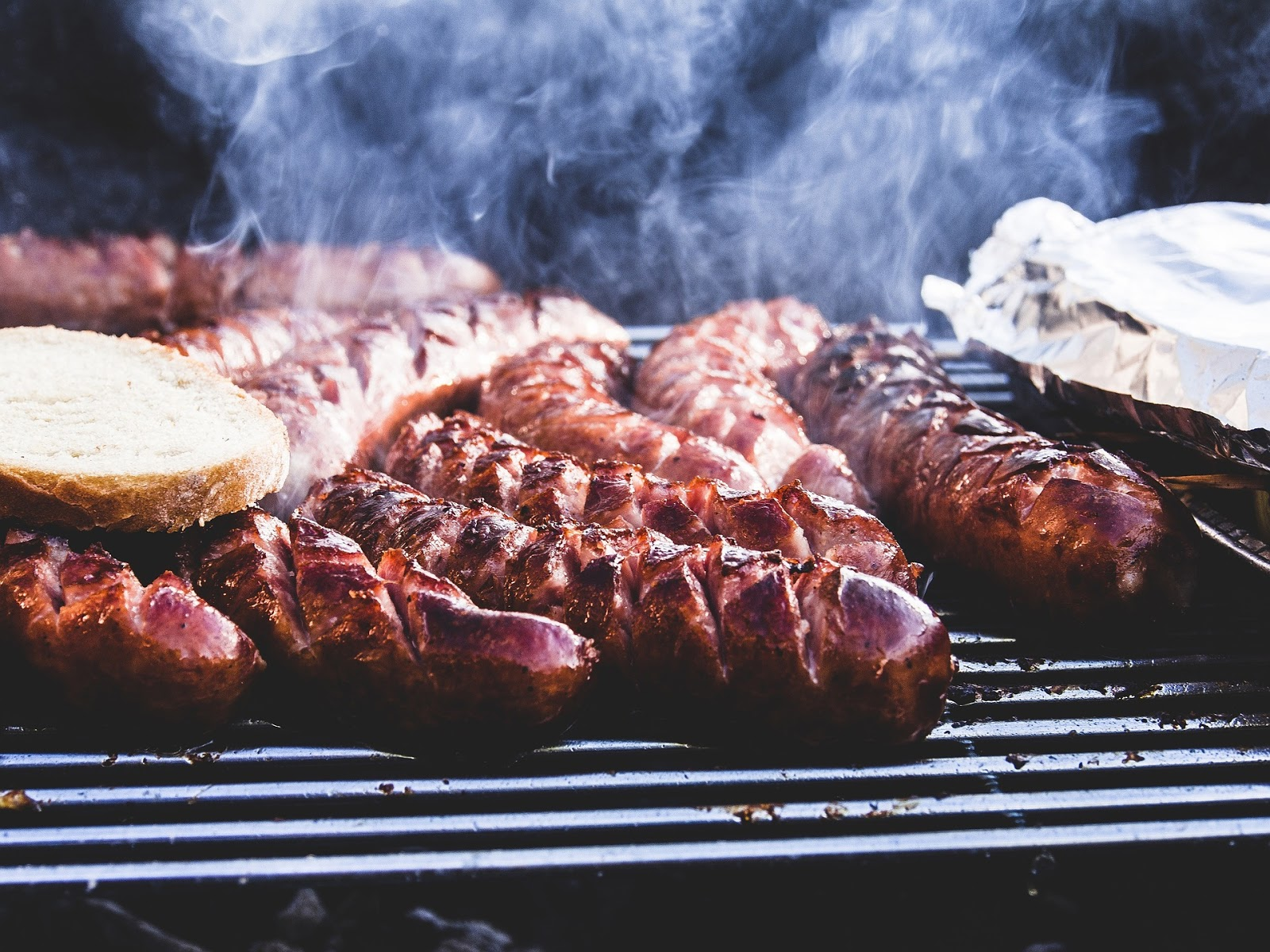3 Easy Meals for a Summer BBQ Party   Stawnichy's Mundare Sausage